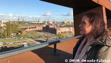 Anna Maria Mydlarska, Leiterin der Filmdokumentation im Solidarnosc Zentrum in Danzig, Sicht auf die Werft DW, Magdalena Gwozdz-Pallokat, 29.10.2019 in Danzig