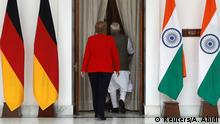 01.11.2019, German Chancellor Angela Merkel and India's Prime Minister Narendra Modi leave to attend their meeting at Hyderabad House in New Delhi, India, November 1, 2019. REUTERS/Adnan Abidi