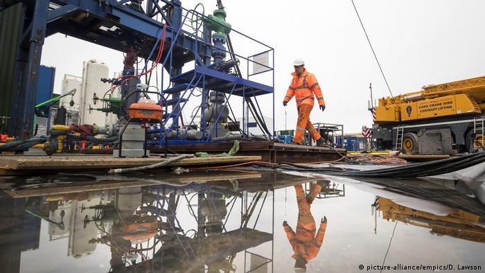 Добыча газа методом фрекинга британской компанией Cuadrilla в Ланкашире