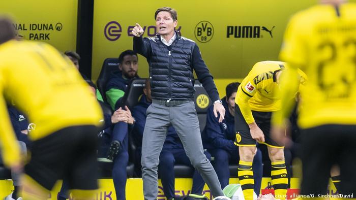 Fussball Bundesliga l Borussia Dortmund vs VFL Wolfsburg l Wolfsburgs Trainer Oliver Glasner