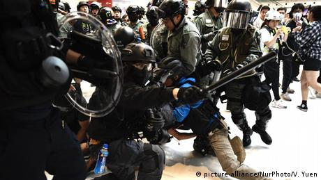 China Hongkong l Anti-Regierungsproteste (picture-alliance/NurPhoto/V. Yuen)