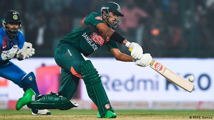 Indien Neu Delhi Cricket Tesspiel Indien vs. Bangladesch (AFP/J. Samad)