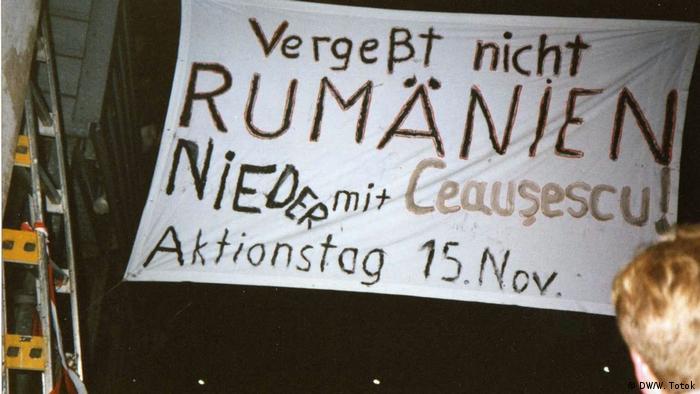 """""""Ziua Internaţională de Acţiune România"""". Pancartă 1989"""