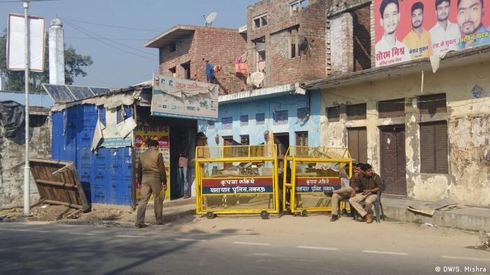 Indien Ayodhay Gerichtsurteil im Religionsstreit (DW/S. Mishra)