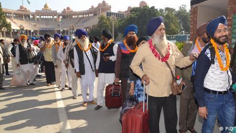 Pakistan Feierlichkeiten 550. Geburtstag Religionsstifter Nanak Dev (PID)