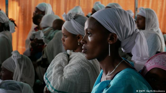 Ethiopian women at prayer in a synagogue