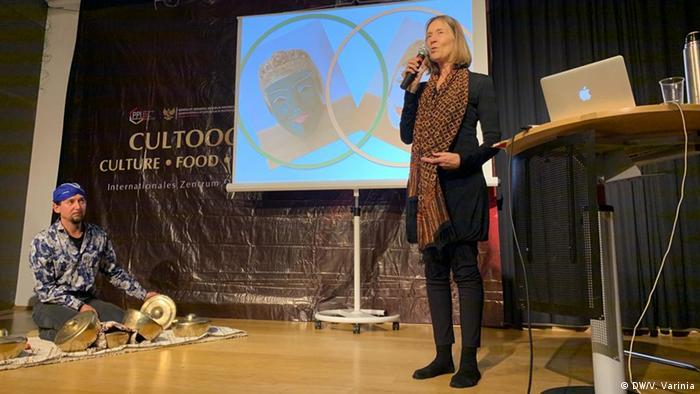 Lydia Kieven, Expertin für indonesische Kunst und Kultur