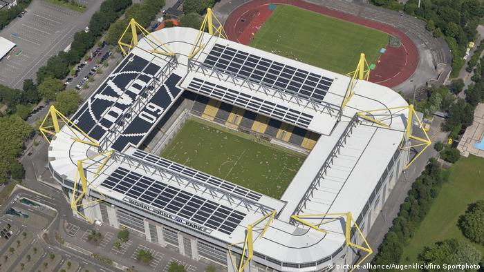Deutschland Signal Iduna Park-Stadion von Borussia Dortmund (picture-alliance/Augenklick/firo Sportphoto)