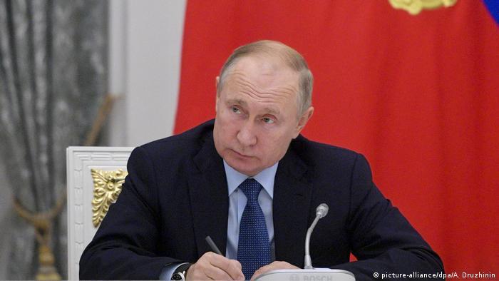 Russsland Putin fordert russische Alternative zu Wikipedia