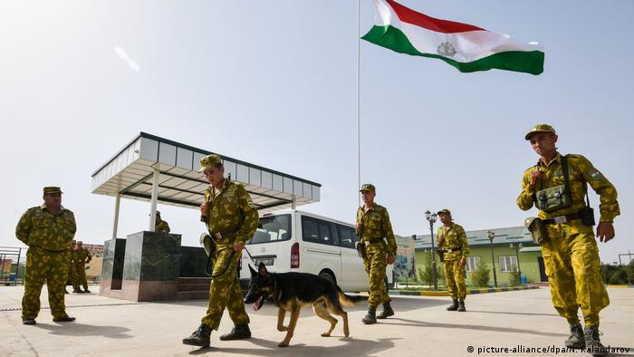 Servicemen of Tajikistan's Panj Border Service detachment at the Somon border outpost ahead of patrolling the Tajik-Afghan border