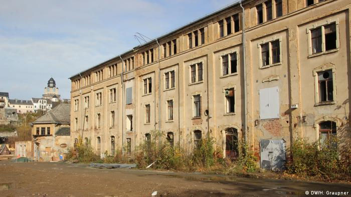Ramshackle remains of Plauen's former dyeworks and bleach plant