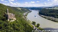 Castle Maus overlooking the Rhine river, UNESCO World Heritage Site, Middle Rhine valley, Rhineland-Palatinate, Germany, Europe | Verwendung weltweit, Keine Weitergabe an Wiederverkäufer.
