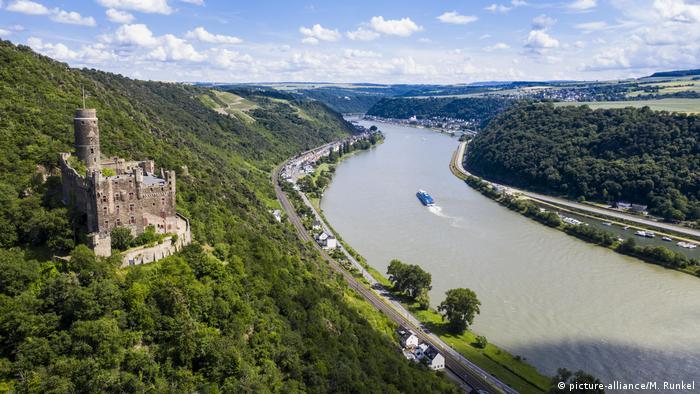 Замок Маус (Burg Maus) на Среднем Рейне