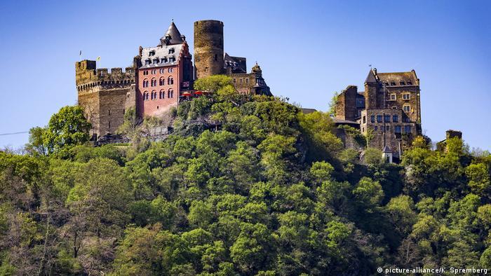 Замок Шёнбург (Burg Schönburg) на Среднем Рейне