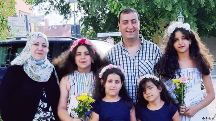 Syrian family with four daughters (Privat)