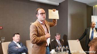 Юлиус фон Фрайтаг-Лорингхофен на презентации книги