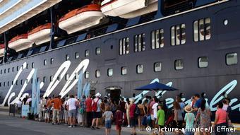 Τέλος στις ουρές στα πλοία λόγω κορωνοϊού;