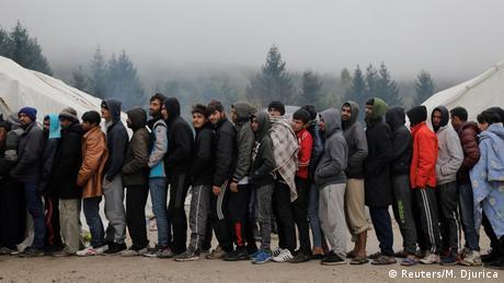 Αβοήθητοι πρόσφυγες στη Βοσνία