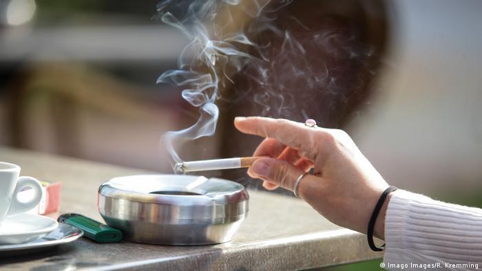 कैसे धूम्रपान छोड़ते ही बदलने लगते हैं फेफड़े | दुनिया | DW | 31.01.2020