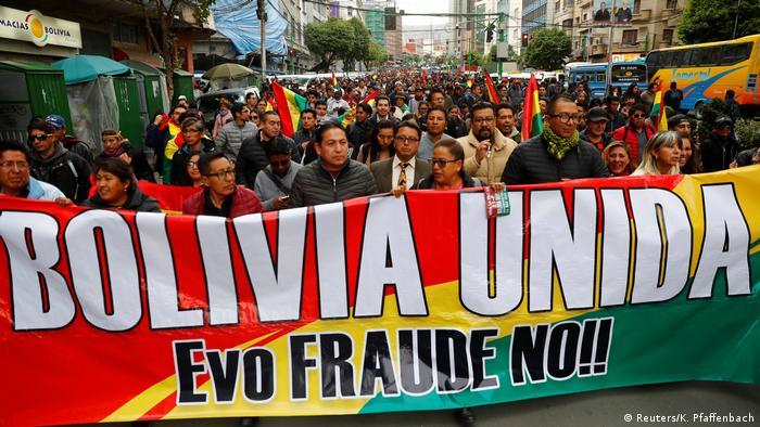 Bolivien La Paz Proteste gegen Präsident Morales (Reuters/K. Pfaffenbach)