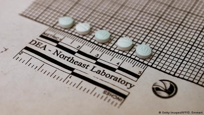 Tabletas de fentanilo, pequeñas y letales (archivo)