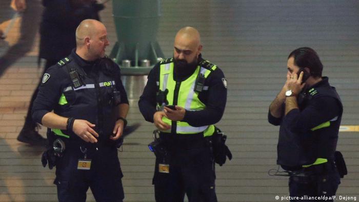 Foto de policías.