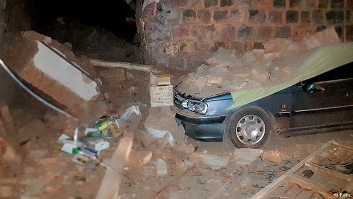 در زلزله آذربایجان شرقی ۵ نفر فوت و ۳۲۳ نفر مصدوم شدند