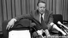 Ostberlin PK Schabowski am 09.11.1989