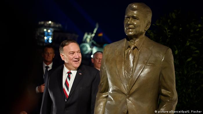 US Secretary of State Mike Pompeo unveils a statue of former President Ronald Reagan in Berlin, Germany