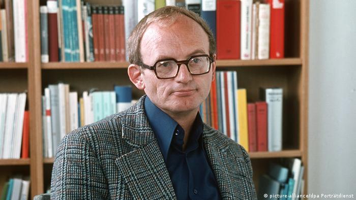 Hermann Kant - 1977 (picture-alliance/dpa Porträtdienst)