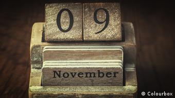 9. November Symbolbild Kartei Kalender Vintage