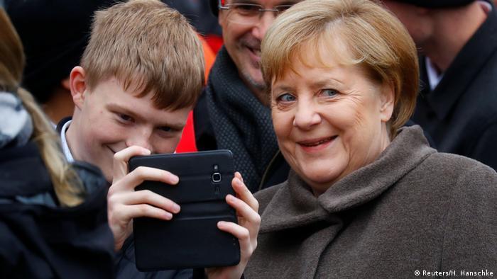 Gedenkfeier 30 Jahre Mauerfall Berlin (Reuters/H. Hanschke)