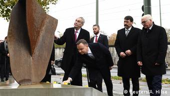Deutschland Berlin Gedenkfeier 30 Jahre Mauerfall Steinmeier mit Visegrad-Gruppe