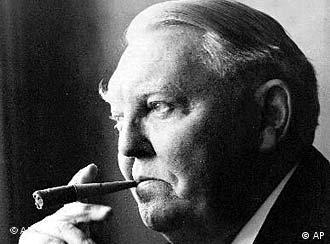 """Ludwig Erhard, como economista uno de los principales teóricos de la economía social de mercado y como político """"padre del milagro económico alemán"""", nació en 1897 en Fürth, en el sur de Alemania y murió en Bonn en 1977."""