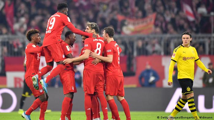 Bundesliga Bulletin: Bayern Munich humiliate Borussia Dortmund, Borussia Mönchengladbach go four points clear
