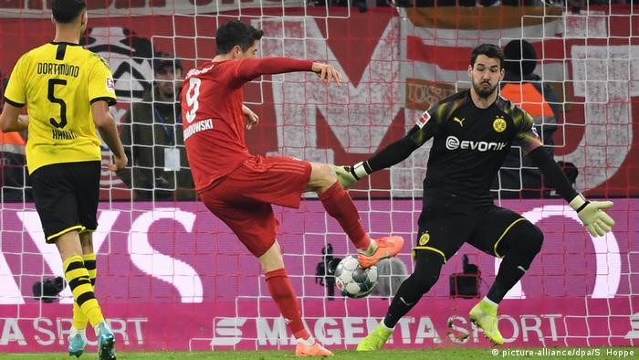 Fußball Bundesliga FC Bayern München - Borussia Dortmund (picture-alliance/dpa/S. Hoppe)