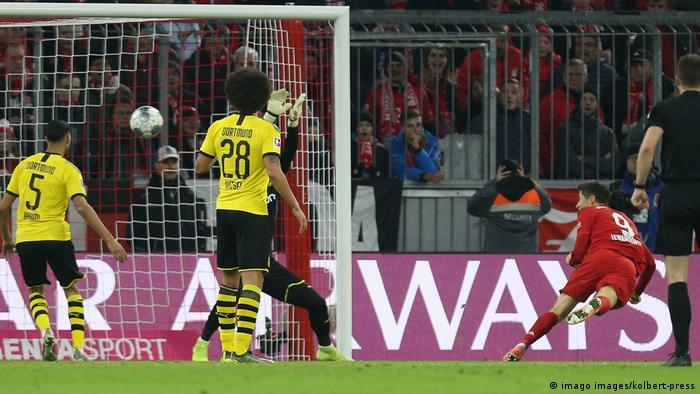 Fußball Bundesliga FC Bayern München - Borussia Dortmund (imago images/kolbert-press)