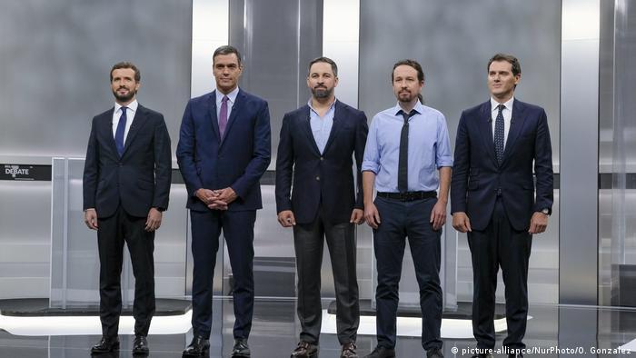 De izqda. a dcha.: Pablo Casado, Pedro Sánchez, Santiago Abascal, Pablo Iglesias y Albert Rivera. (Archivo).