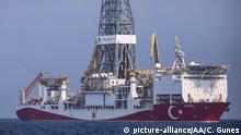 AT SEA, UNSPECIFIED - AUGUST 07: A view of Turkey's drillship 'Yavuz' operating in the Mediterranean Sea on August 07, 2019. Celal Gunes / Anadolu Agency   Keine Weitergabe an Wiederverkäufer.