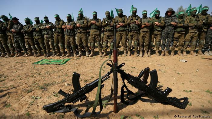 Hamasovi vojnici na molitvi 2019.