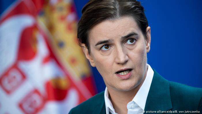 Deutschland Serbien Ana Brnabic zu Gast bei Merkel (picture-alliance/dpa/B. von Jutrczenka )