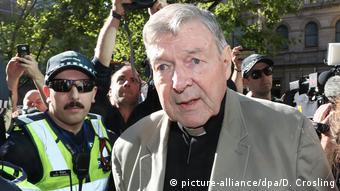 Inhaftierter Kardinal geht gegen Missbrauchsurteil in Berufung (picture-alliance/dpa/D. Crosling)