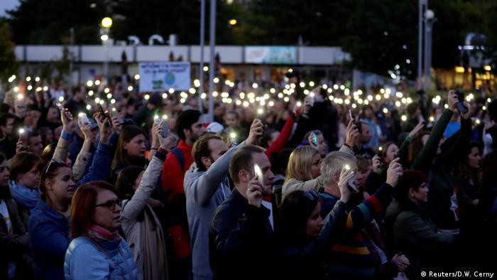 Slovaks Protest corruption