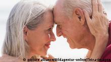 Liebe im Alter - Seniorenpaar