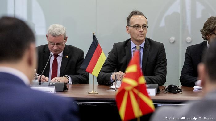 Heiko Maas u in Skopju / Delegationsgespräch im Außenministerium