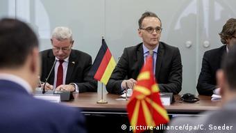 Στα Σκόπια πριν ένα μήνα ο Χάικο Μάας στα Σκόπια ενθάρρυνε τους συνομιλητές του να παραμείνουν σε ευρωπαϊκή τροχιά