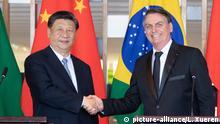 (191113) -- BRASILIA, Nov. 13, 2019 (Xinhua) -- Chinese President Xi Jinping holds talks with Brazilian President Jair Bolsonaro in Brasilia, Brazil, Nov. 13, 2019. (Xinhua/Li Xueren) | Keine Weitergabe an Wiederverkäufer.