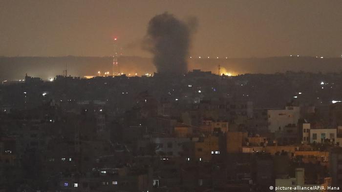 Foto de explosión en Gaza.