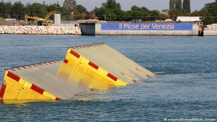 Compuertas del sistema MOSE, en Venecia. (Octubre de 2013).