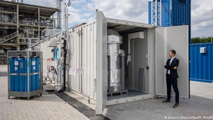 Postrojenje za proizvodnju goriva od ugljičnog dioksida i vode